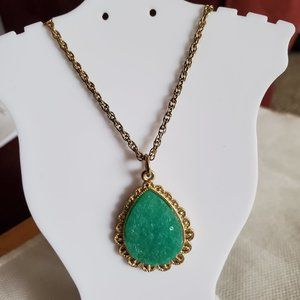 "18"" Green Faux Agate Teardrop Pendant Necklace"